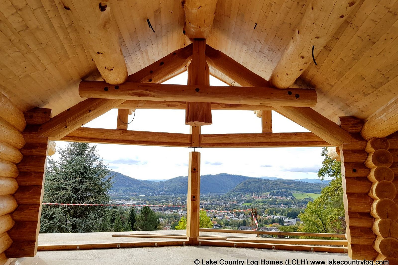 Log Home Joinery, Notches and Tails
