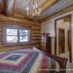 Western Red Cedar Log Home Bedroom