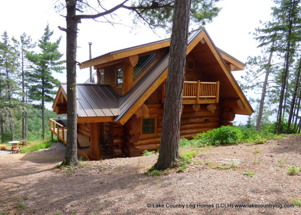 Western Red Cedar Log Cabin Home in Minnesota