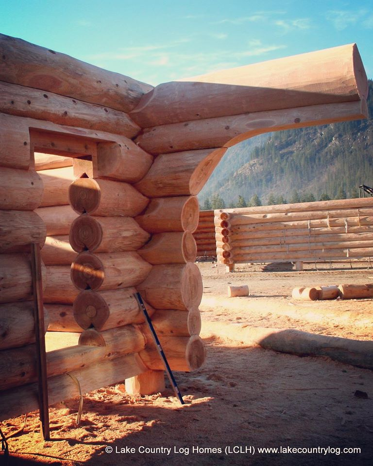 Western Red Cedar Log Home Destined for Oregon USA